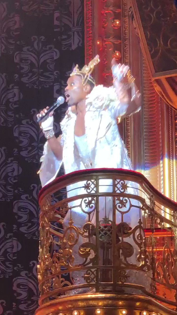 .@theebillyporter pops up at @TheBlondsNY's @MoulinRougeBway-themed SS20 runway!!