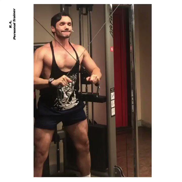 Finalizando o treino de tríceps com o tríceps cruzado.  #triceps #treinodetriceps #tricepsworkout #formuladotreino  #personaltrainer #personaltraining #mundobt #bodytech #bodybuilding