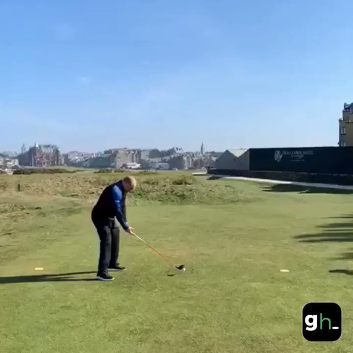 Watch the worst—and most amazing—shot ever hit on the Road Hole at St. Andrews