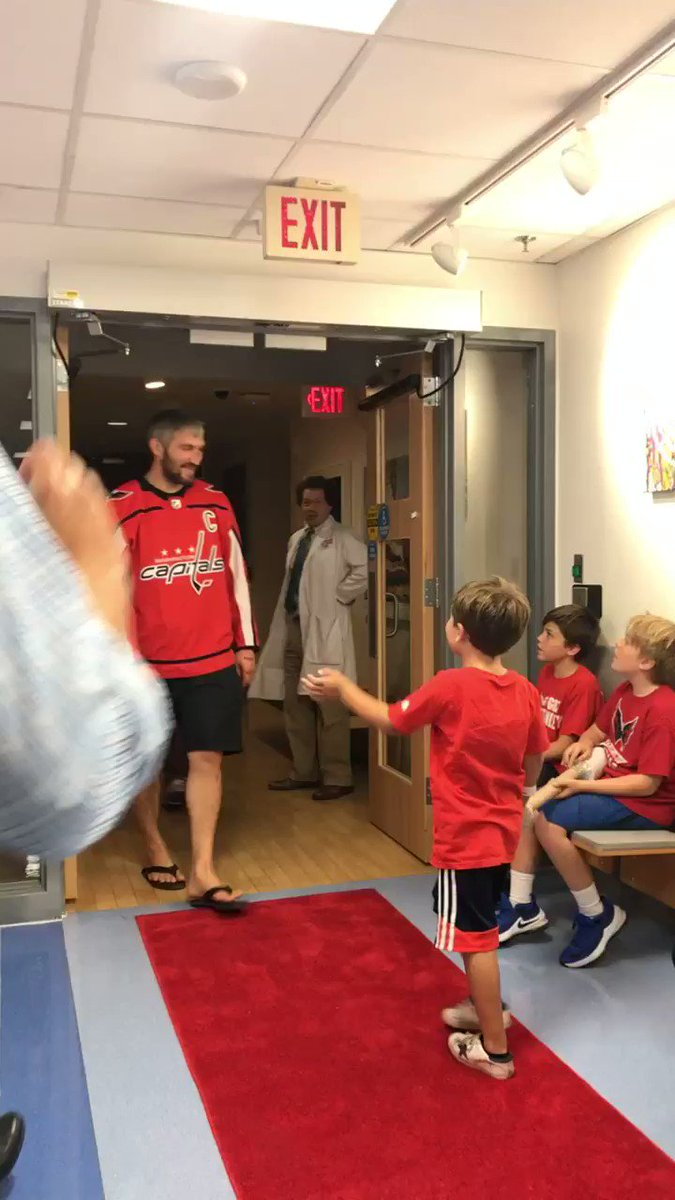 RT <a target='_blank' href='http://twitter.com/NBCSWashington'>@NBCSWashington</a>: Next stop: <a target='_blank' href='http://twitter.com/ovi8'>@ovi8</a> surprises kids at the pediatric hematology-oncology clinic ❤️ <a target='_blank' href='https://t.co/C3Jl2wZNfX'>https://t.co/C3Jl2wZNfX</a>