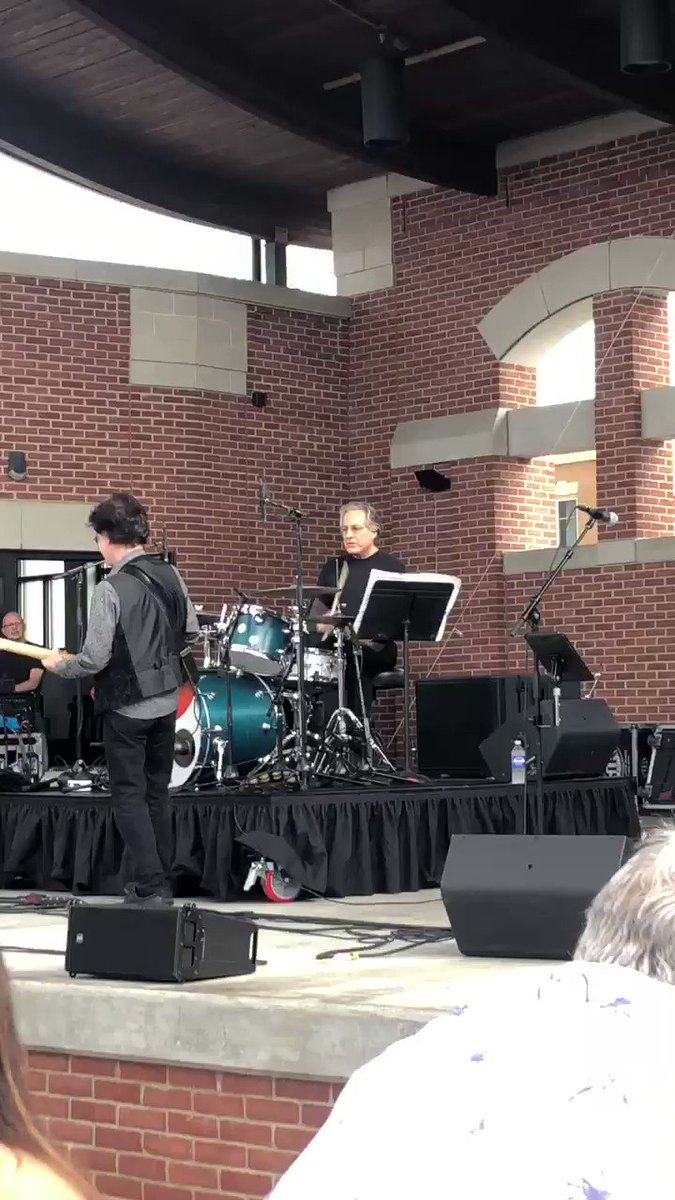 Late post here but: @gregatcxn and @kiddrsue - here in Indiana we have @OfficePracticum AND free concerts by #MightyMax Max Weinbeg's Jukebox #goodlife