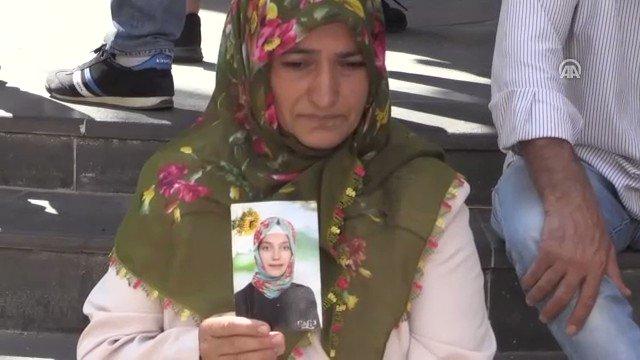 """Anaların ortak duası:  """"Allah bizi kavuştursun...""""  Amin...  #AnalarDestanYazıyor https://t.co/Al1qUINsma"""