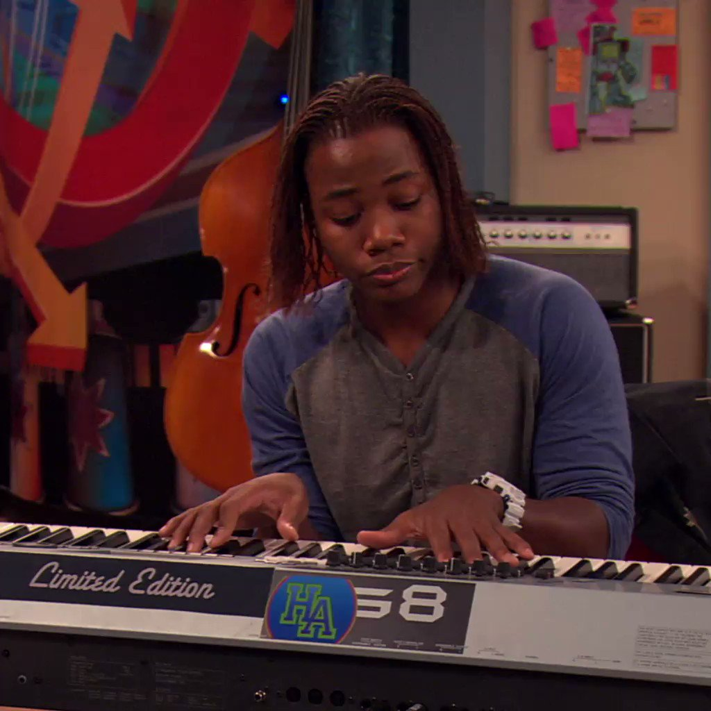 when your voice can make Andre fall in love #Victorious
