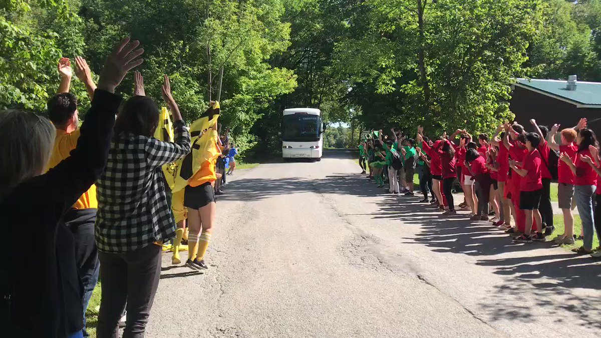 UTS F1 class arrives at Geneva Park - a rousing greeting by S6 class! Very exciting... @utschools