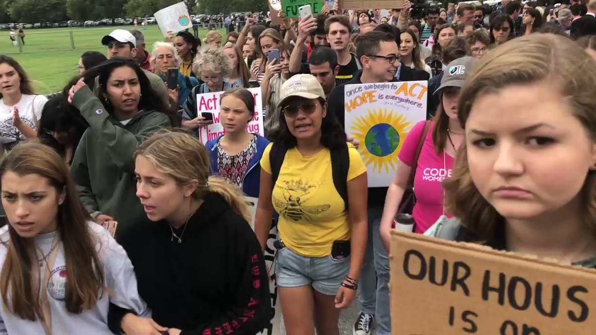 @GretaThunberg's global call to action on climate change extended to The White House this morning. Here she is wedged between her fellow student activists. Despite appearing on major us networks this week she avoided questions from the media before she spoke to the crowd.