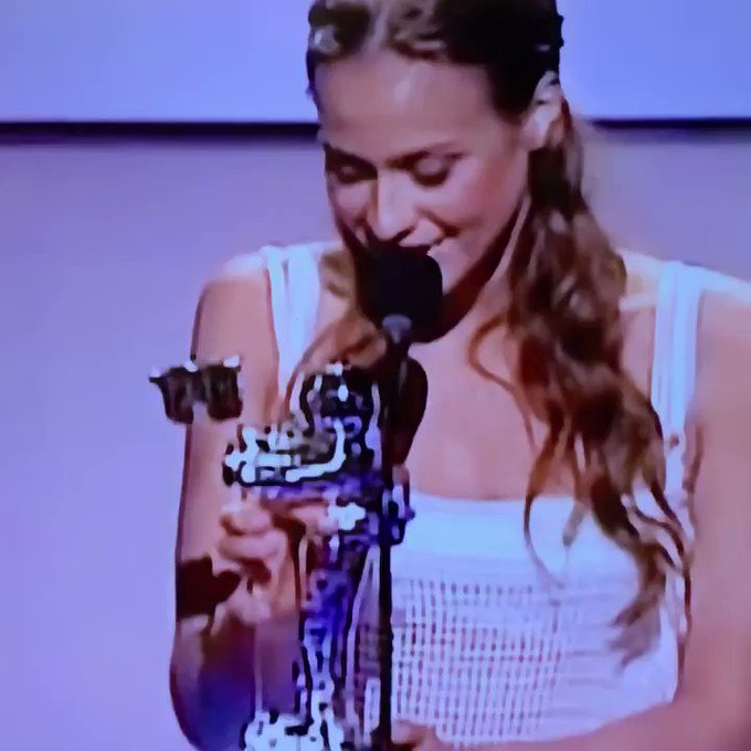 Happy 42nd birthday to my guiding light, Fiona Apple.