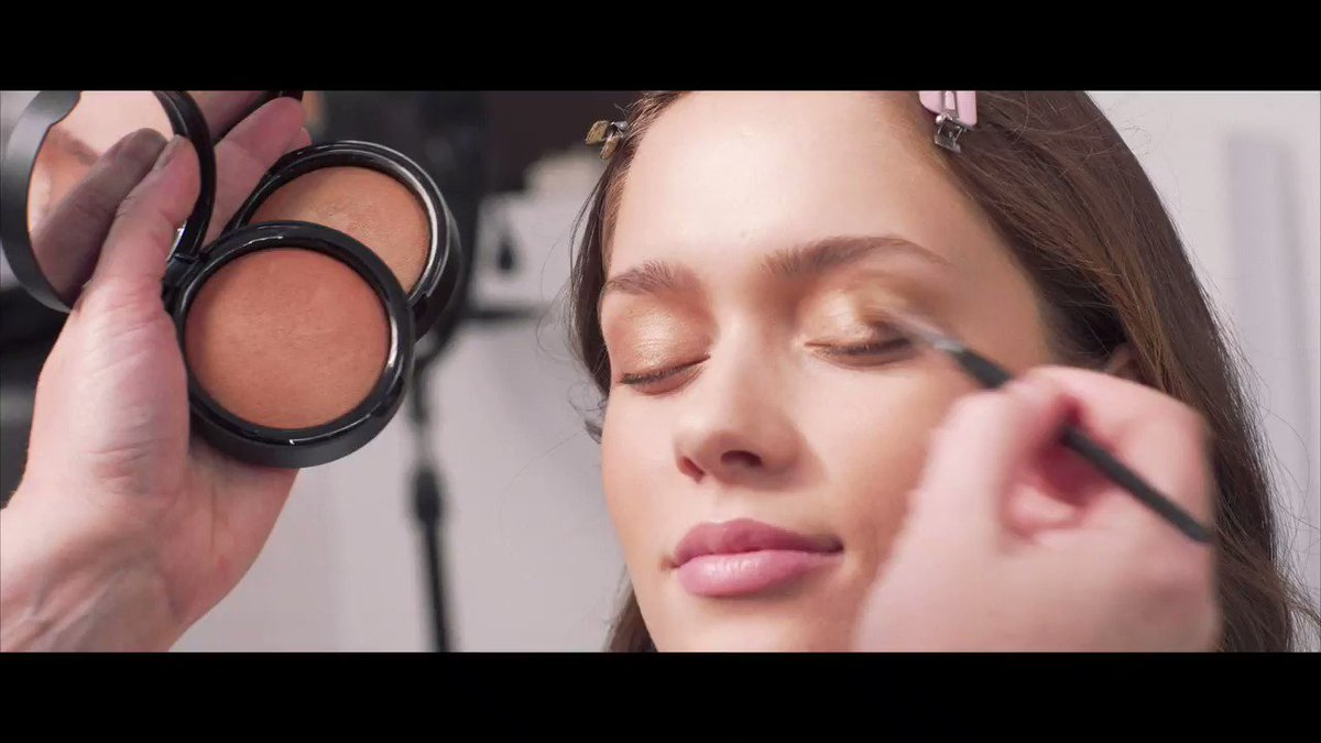 Do you also lose yourself while applying your makeup Note NoteCosmetics https t.co azkXpCSfGR