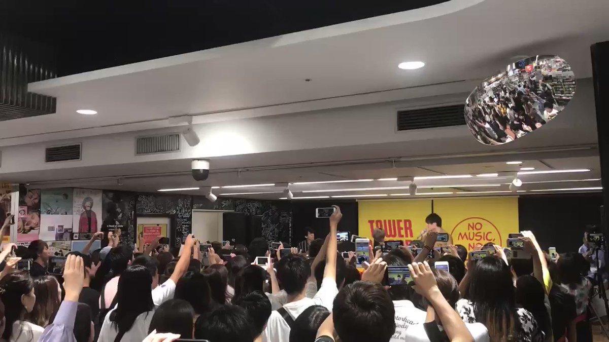 大阪インストアライブ難波と枚方の2ステージ、沢山集まってくれてありがとう!!朝イチに歌った「拝啓、親愛なる君へ」
