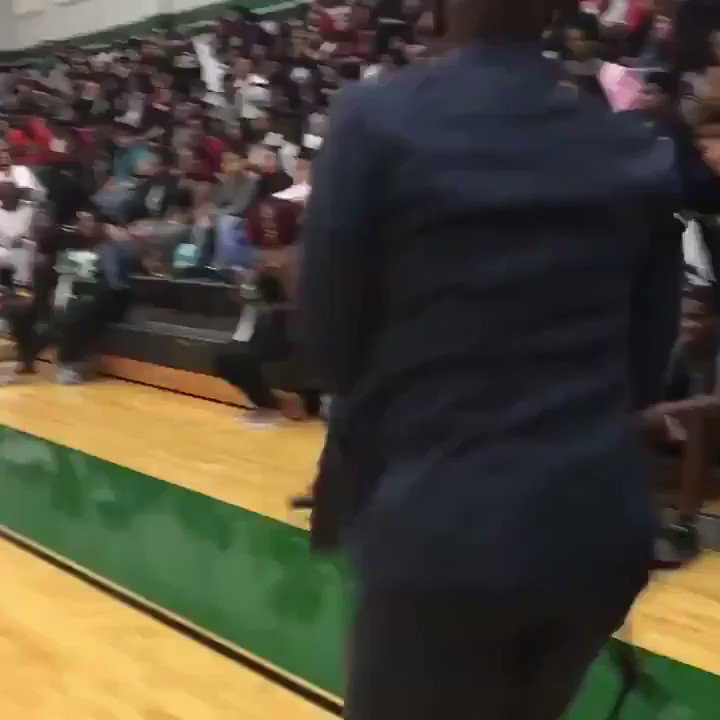 Get you a coach like this. 🚫🧢 (Via @HHS_Canes ) @coachcarter1911