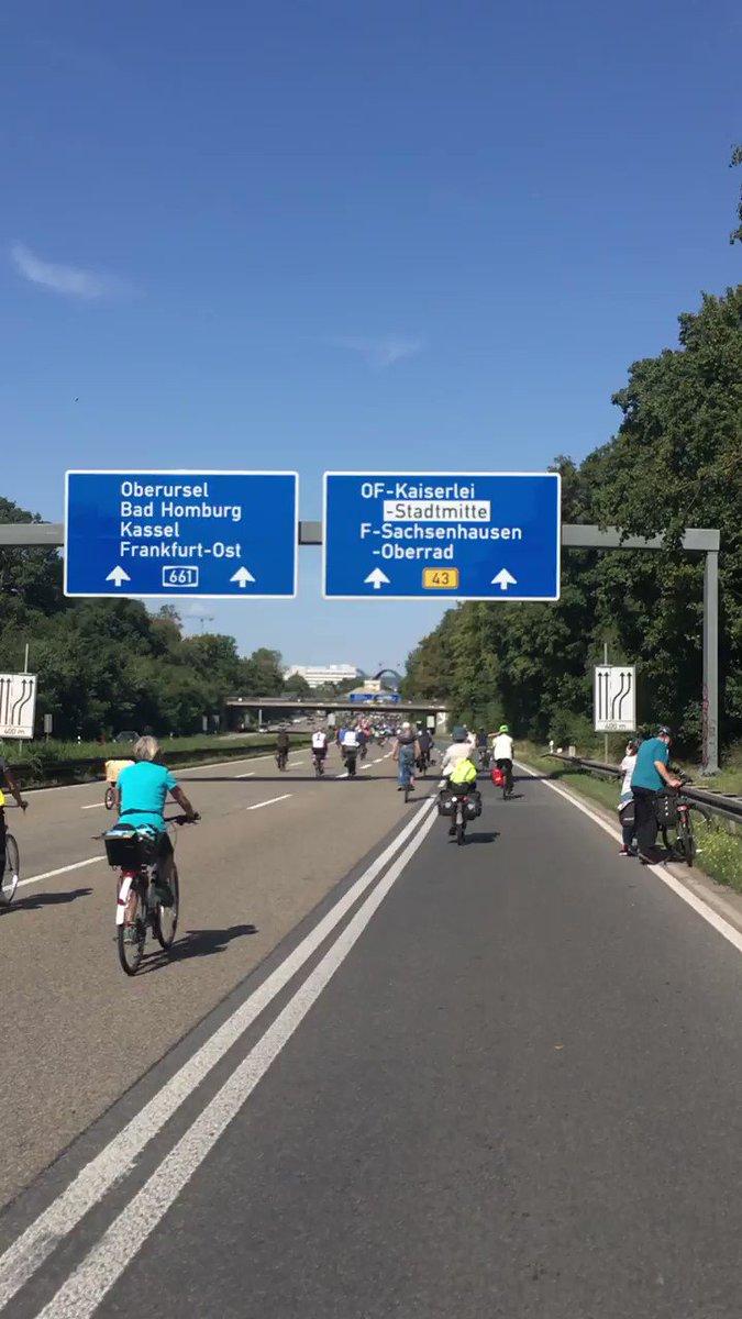 Image for the Tweet beginning: Sternfahrt zur #IAADemo - ab