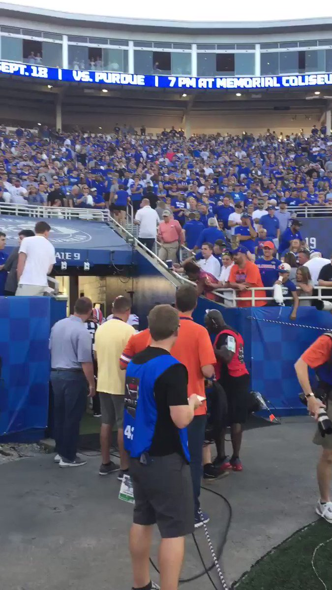 Video: Kentucky Fan Embarrasses Himself During Florida Game