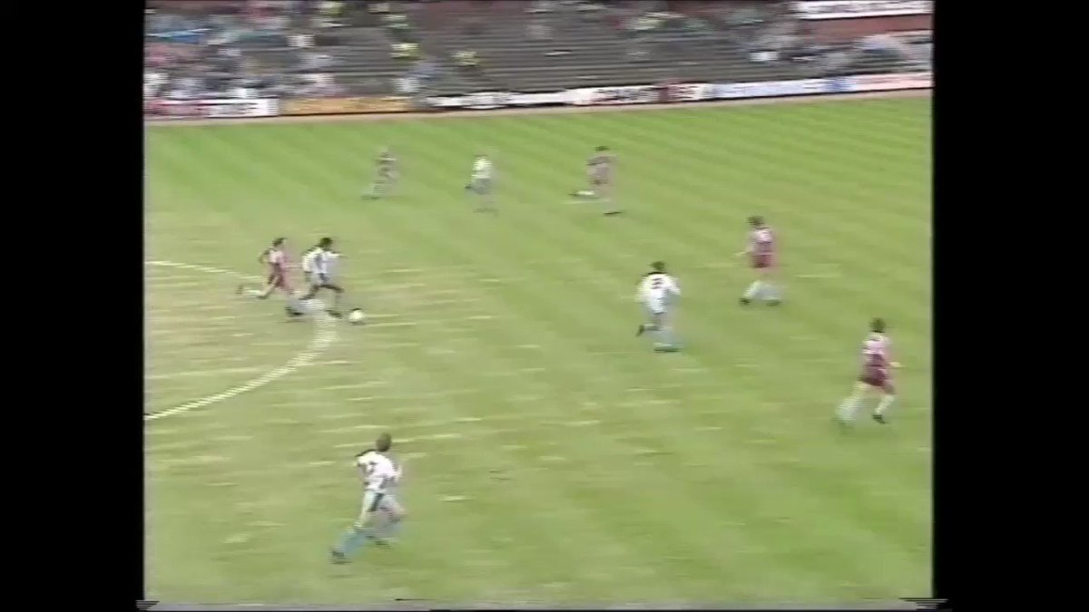 A compilation of #WHUFC goals from away league games against Aston Villa, featuring @PaulInce, @MaccaFrank, @donhutch4, @TonyCottee9, @trevor8sinclair, @FredericKanoute, @RobertZamora25, @Mazer_9 & @Aaron_Cresswell #COYI