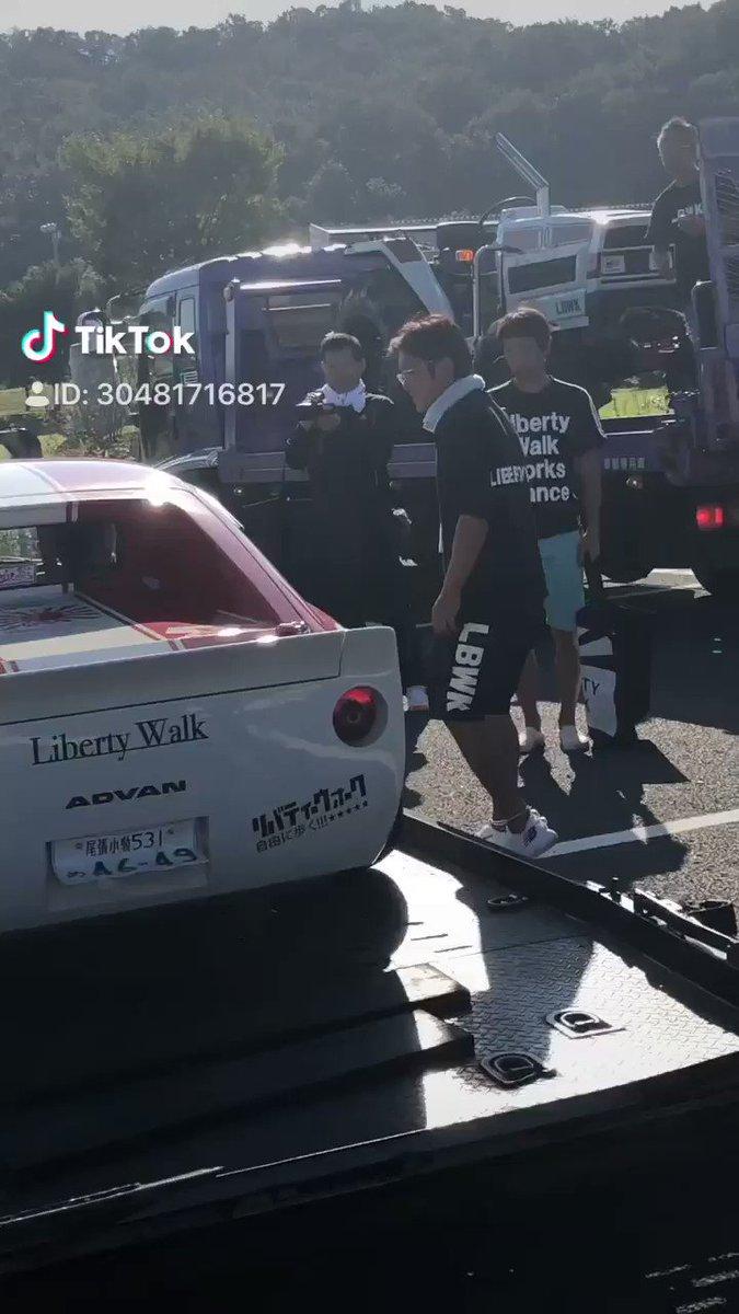 『各務ヶ原祭り』😁 渉さん30Zも健在!レアな積車つみシーンが撮れたので!皆さん見ましたか?#Libertywalk#lbwk#各務ヶ原祭り#tiktok
