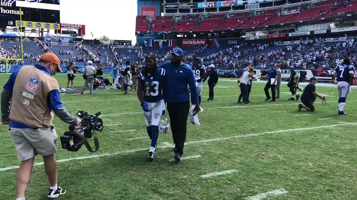 Happy exit for @TYHilton13