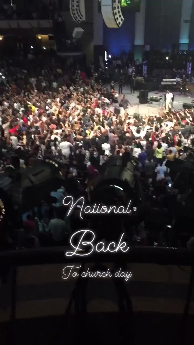 Sunday Service @newbirthmbc by #KanyeWest #nationalsuicidepreventionday 🙏🏾#riptayloroneal #nationalbacktochurchday 😏looking for @yungbabytate 🌚