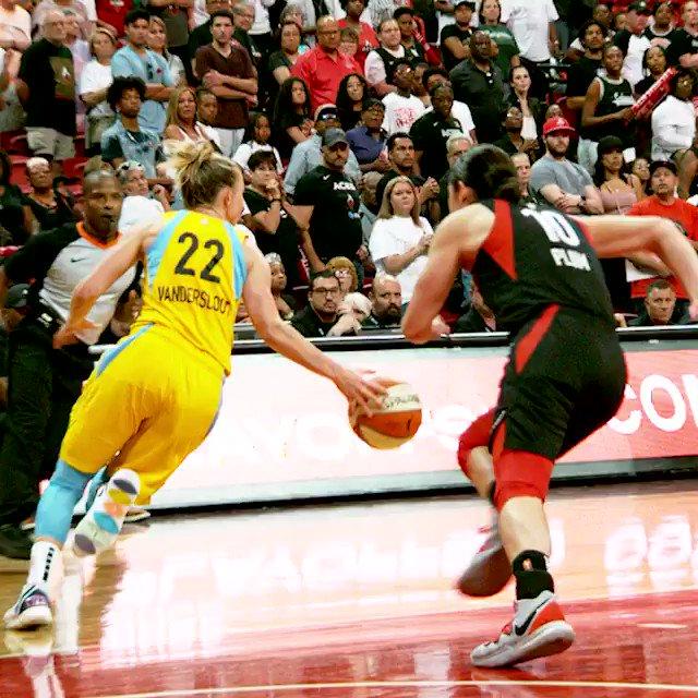 The @dearicamarie game-winner in #PhantomCam 👀👌 #WNBAPlayoffs