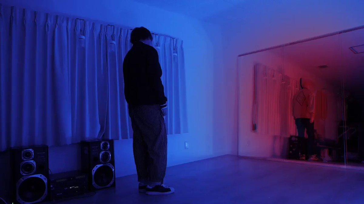 シビル -sybil- 【踊ってみた】感情に合わせたLEDの色味や動き。鏡を使って何を伝えたいのか。自分なりに楽曲を解釈して作品作りさせて頂いたので、是非本編を見て考察して頂きたいです^_^#灯しびと #sybil #踊ってみた