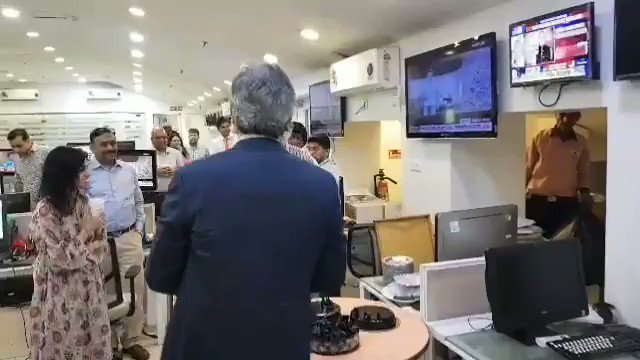 A warm welcome to #RavishKumar in the @ndtv newsroom, after he came home with the #MagsaysayAward. The news team and  @PrannoyRoyNDTV was ready with multiple cakes and hugs, of course!