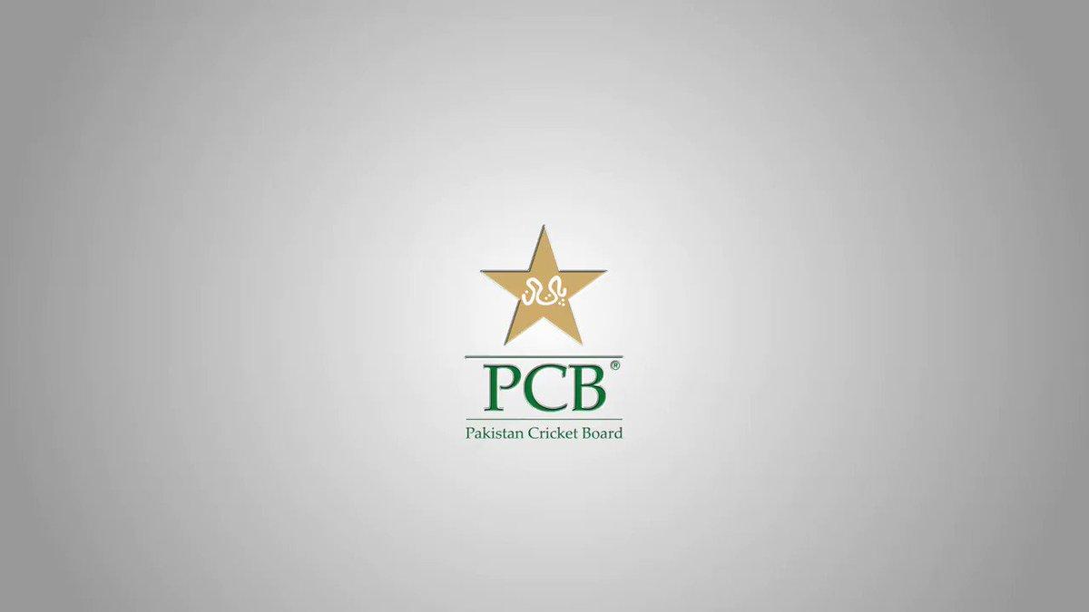 Dekh ker dil khush ho gaya. Hum bhi is hi tarhan fans thay, hamare bhi heroes thay, itna pyaar awaam se milta hai tou narazgi bhi chalti hai. @RealHa55an proud of u brother, this is the real earning we have in cricket; love of our people#PakistanZindabad