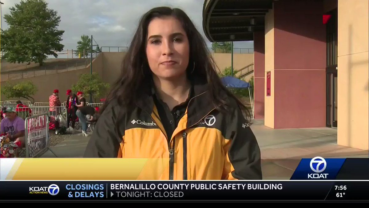 ABC Albuquerque reports on the huge lines of people ready for tonight's @TeamTrump rally with @realdonaldtrump in Rio Rancho, #NewMexico. #MAGA #KeepAmericaGreat https://t.co/ARzT62V6GQ