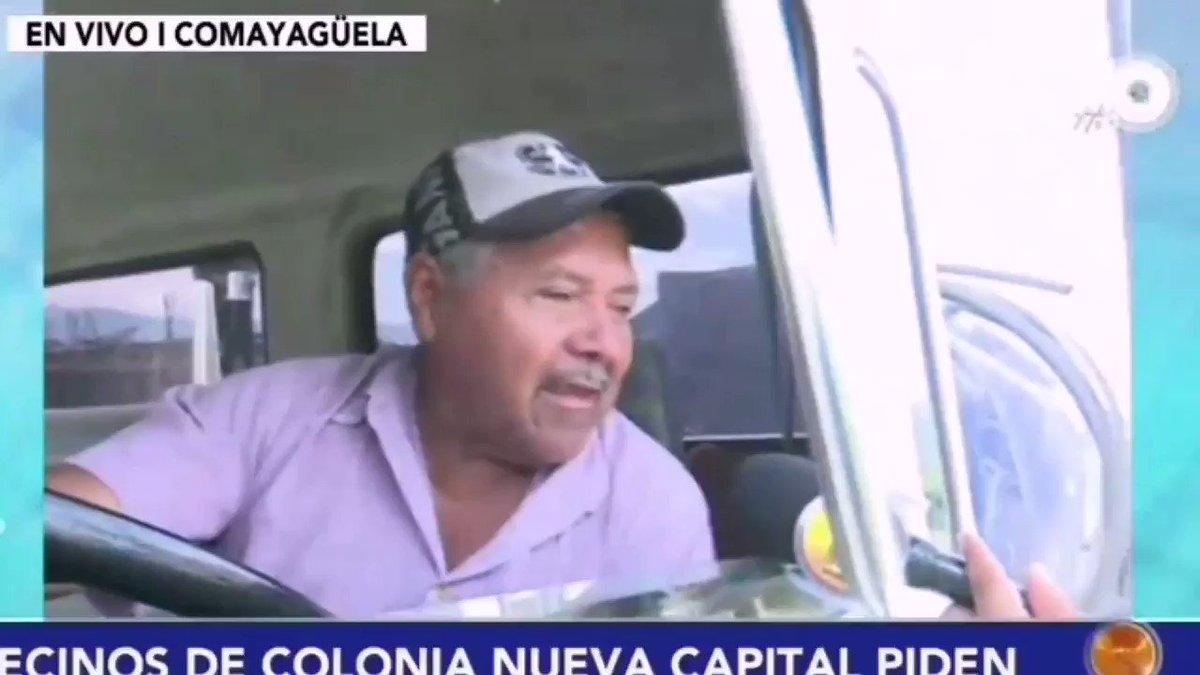#HoyMismo #PrimeraEdición Vecinos de la Colonia Nueva Capital en #TGU mencionan que no tienen agua ni para lavar los uniformes de los menores, ni para bañarse; piden ayuda a los carros cisternas.