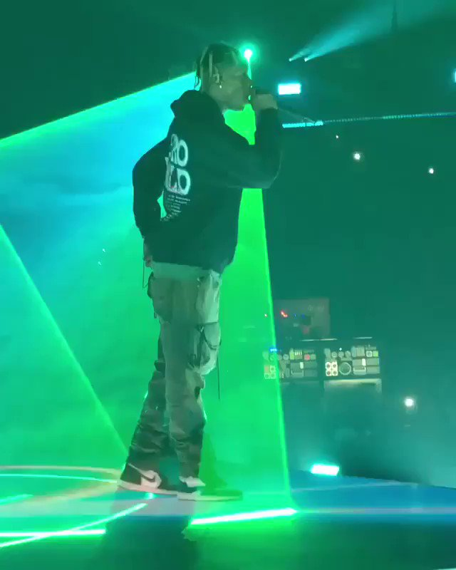 I miss the Astroworld tour so much😭