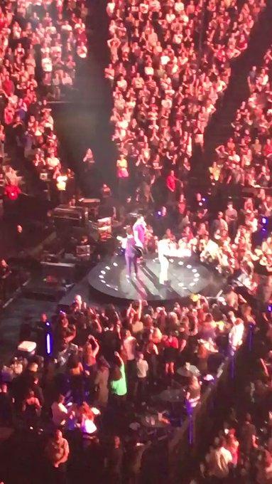 Singing Happy Birthday to Nick Jonas! Priyanka showed up!