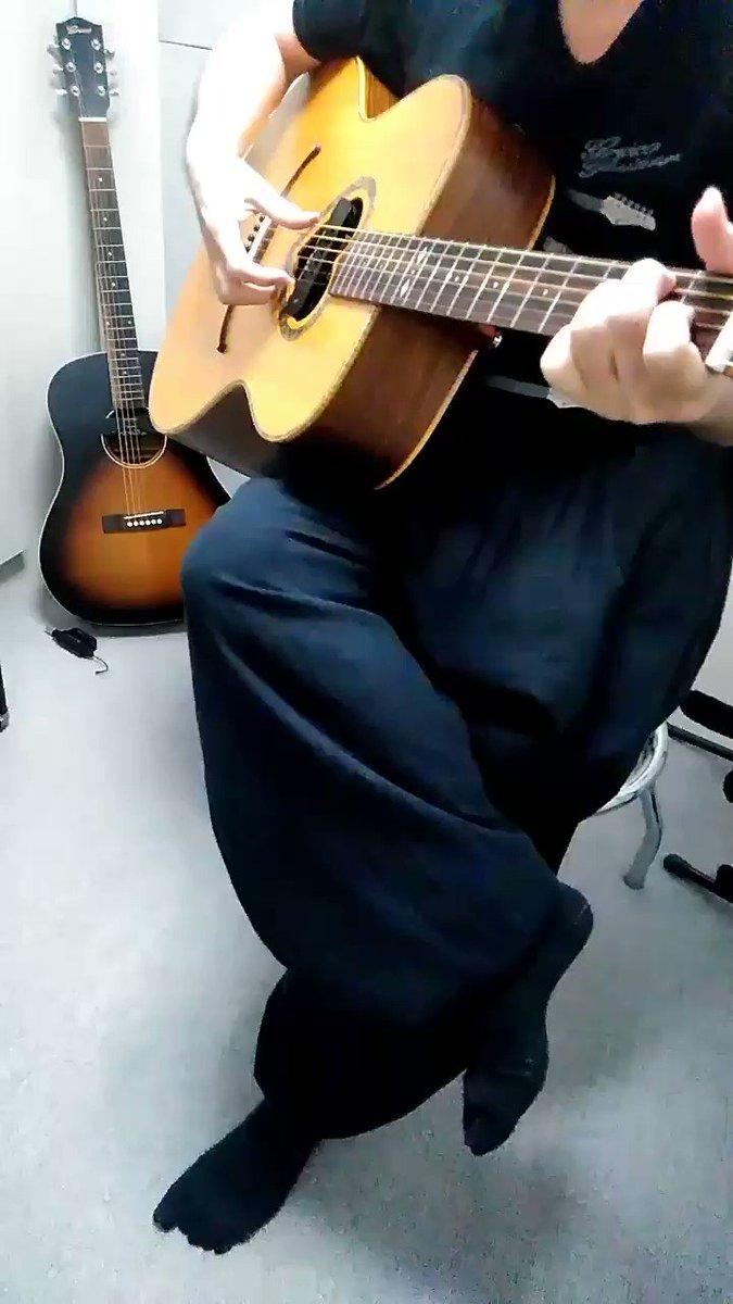 コンデンサーマイクとマグネチックピックアップのミックスの試奏チェック!スカイソニック新製品!ワイヤレスピックアップWL-800JPのサウンドテストです!高音はクリアでナチュラルに、低音は量感がありミックスすることでワイドレンジに。 https://t.co/ssfpEZP2by #スカイソニック #ギター #アコギ