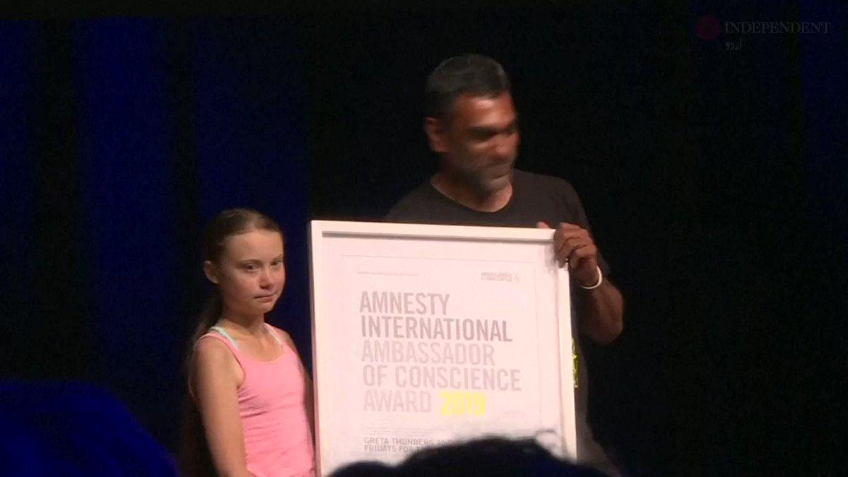 موسمیاتی تبدیلی کے خلاف آواز اٹھانے پر 16 سالہ طالبہ کے لیے ایمنسٹی انٹرنیشنل ایوارڈ