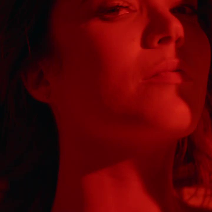 Mandy Moore releases first original song in ten years