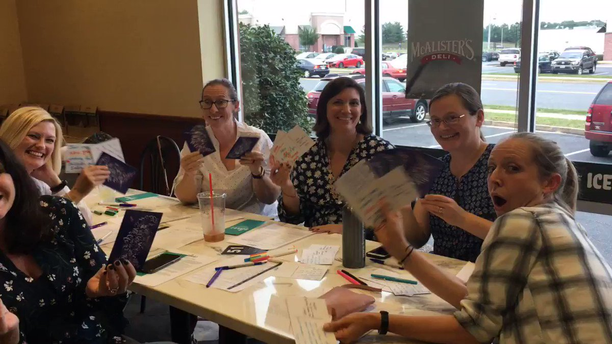 At tonight's @MomsDemand Harrisonburg Membership Meet we wrote postcards to Virginia Voters to remind them of the upcoming election! #valeg #EnoughIsEnough #keepgoing https://t.co/iAYHonS73K