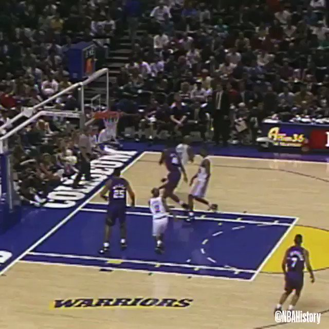‼️ Behind-the-back poster by @realchriswebber in 1993! #NBARookieWeek ‼️