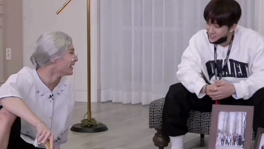 jeongin: why are you so fat? changbin: *nervous laughter* chan: piiiig😆 changbin: chan-ah chan: dad daaad!!  so chan is that little brother who annoys you but calls the elders whenever he's in danger 🥴