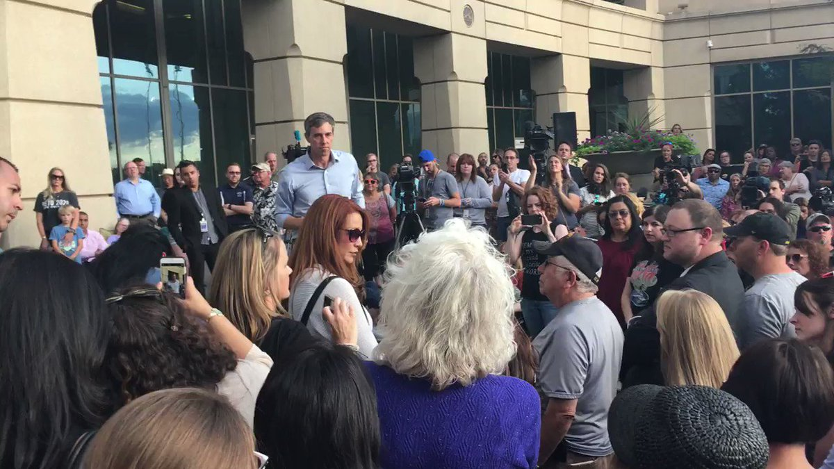 Woman Confronts Beto O'Rourke Over His Anti-Gun Policies: 'Hell No' You're Not Taking My Gun