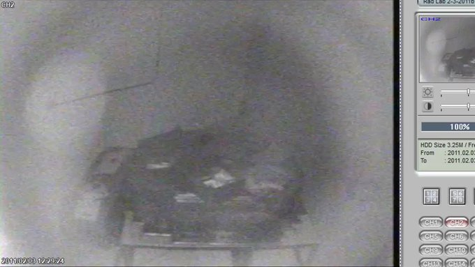 Bigelow Aerospace publishes video what looks like an Orb and a Being inside a sealed room 8rdwMCSnXLS4Srnj?format=jpg&name=small