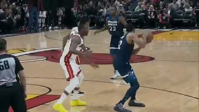 This... This is what separates Bam Adebayo from the other Centers in this league. Stop playing with this man. https://t.co/8WDkeYF9XD