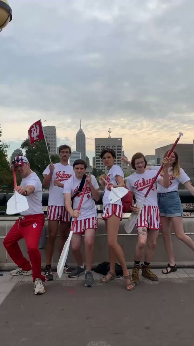 It's time to ROW! 🛶 Cheer on your Hoosiers as they take on the @IUPUIRegatta! ⚪️🔴 #YouGottaRegatta