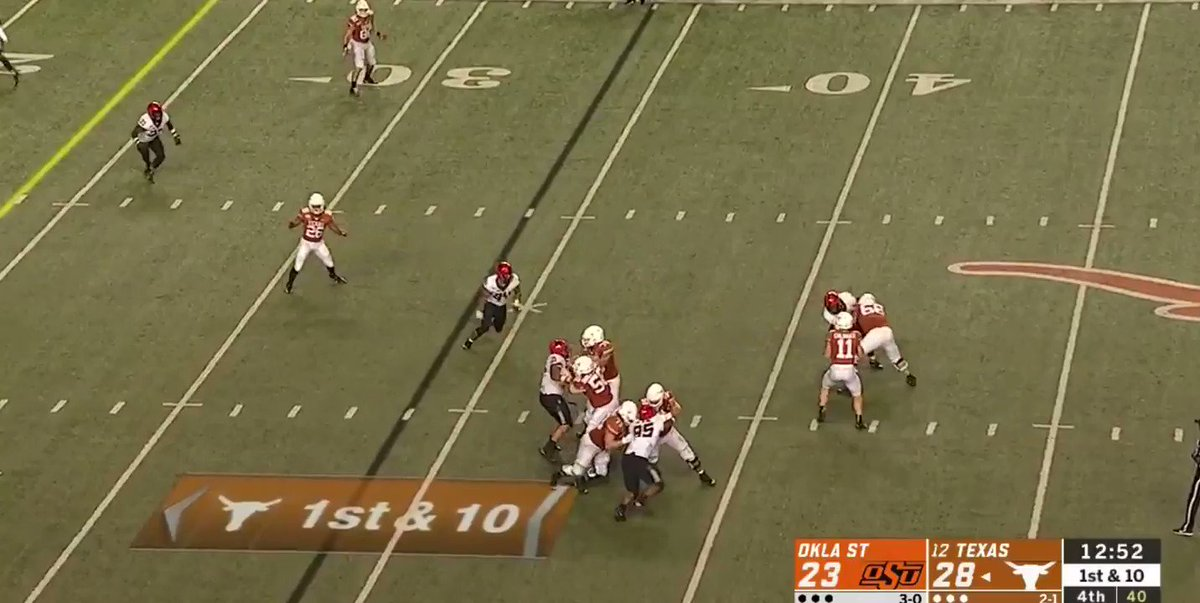 Keaontay Ingram has been impressive tonight. Look at these moves.