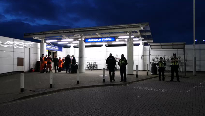 This is the scene at #Hillingdon Underground Station tonight after a man was stabbed to death... read more 👉 bit.ly/2mwFNGQ (📹 David Nathan) #LondonStreets | londonstreets.org