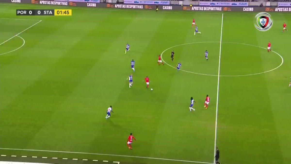 Allianz Cup (Fase 3 - Jornada 1): Resumo Flash FC Porto 1-0 Santa Clara #AllianzCup #FCPCDSC Vê todos os lances: 🎥 vsports.pt