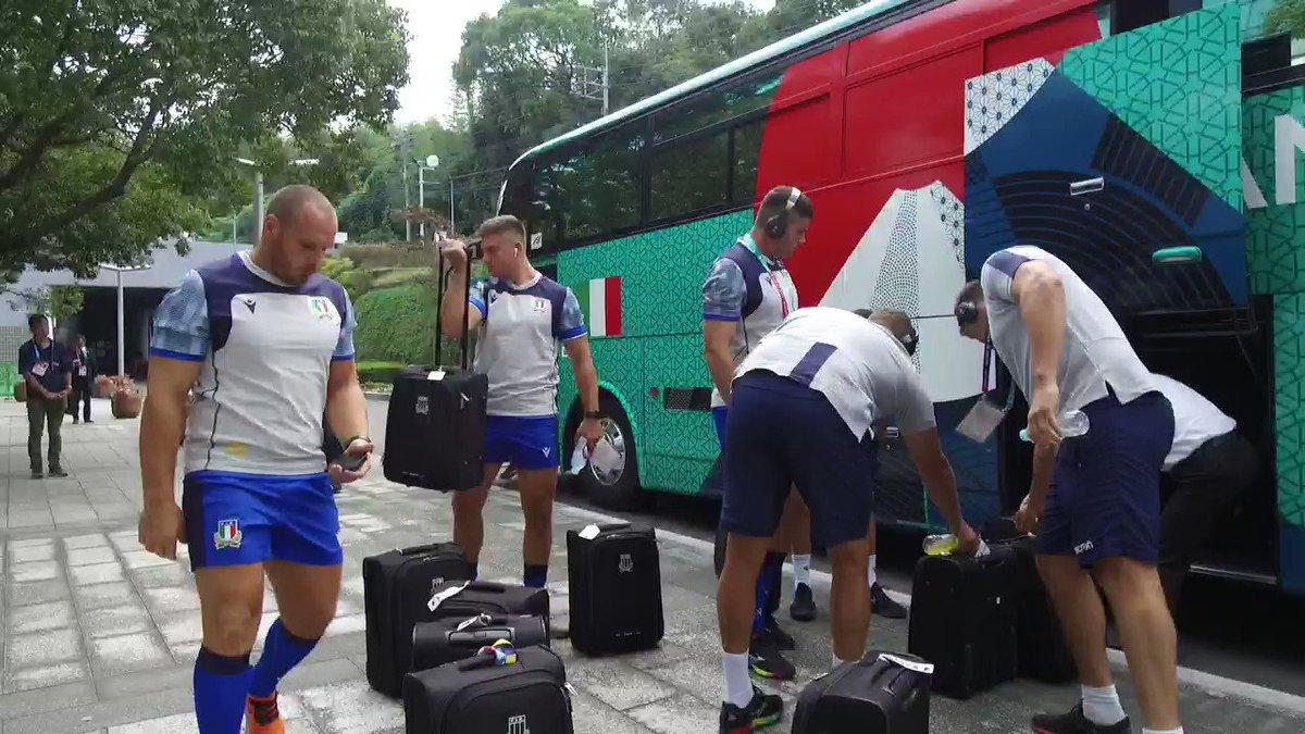 ... Ed ecco gli Azzurri, arrivati all 📍Hakatanomori Stadium di Fukuoka #ITAvCAN #RWC2019 #insieme