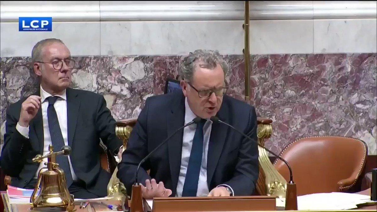 Est-ce que la France est encore une démocratie ? Cest quoi cette scène surréaliste !? ● Qui est pour ? : 🙋♀️🙋♂️ ● Qui est contre ? : 🙋♂️🙋♂️🙋♀️🙋♂️🙋♀️🙋♀️🙋♀️🙋♂️🙋♀️🙋♀️🙋♂️🙋♂️🙋♀️🙋♀️🙋♂️🙋♀️🙋♂️🙋♀️🙋♂️🙋♂️🙋♀️🙋♀️🙋♂️🙋♀️🙋♂️🙋♂️🙋♀️ ● Lamendement est adopté.