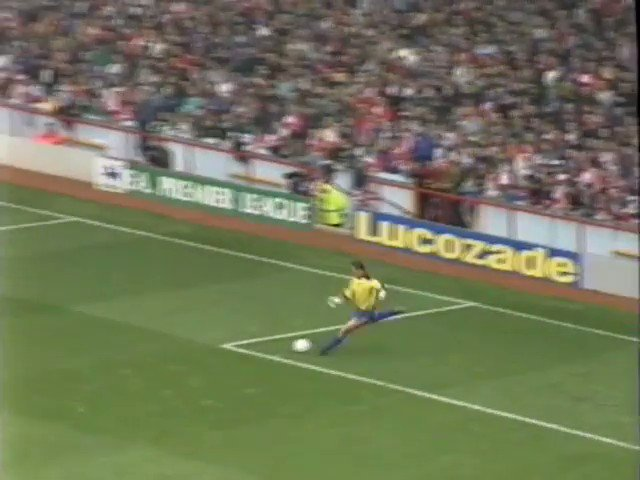 FORGOTTEN GOALS: Wimbledon get it in the mixer at Anfield #OnThisDay in 1992. First John Fashanu scores after one of the clumsiest first touches of all time. Then Robbie Earle scores a lovely lob volley. Sometimes Route One is the right one.