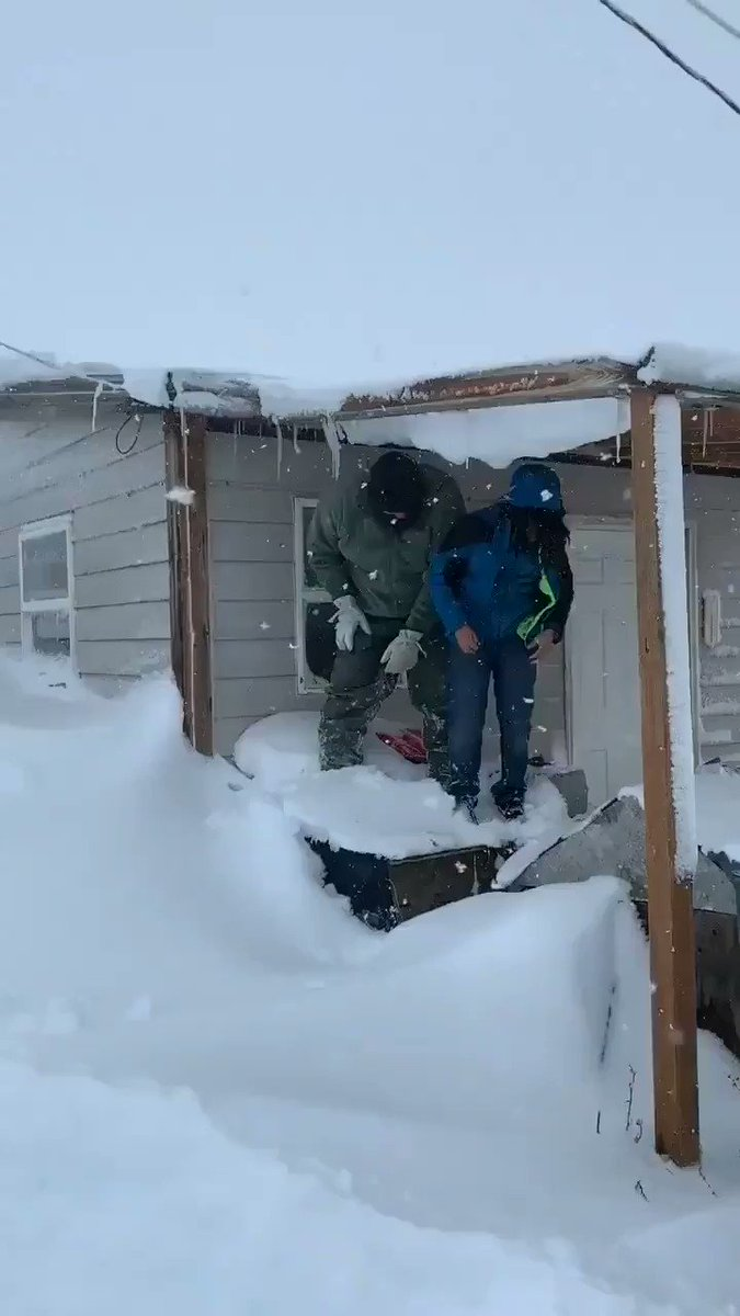 And your leader so far: Browning, MT with FOUR FEET of #snow as of 4:30 PM MT and its still snowing. 📹 from Mina Kipp whose husband dives and disappears is 64. Thats some serious drifting! #snowfall #mtwx