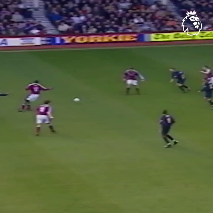 19 years later, we still wonder how Di Canio did it 😲 #GoalOfTheDay #PL @WestHam