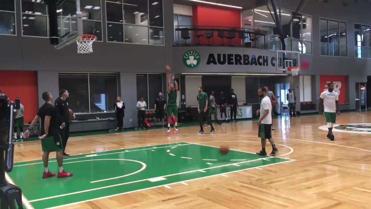 Here's #Celtics rookie Grant Williams hitting 10 straight 3's, with Jayson Tatum talking to him from the side.   Williams shot 32.6% from deep last season at Tennessee on 1.2 attempts per game.