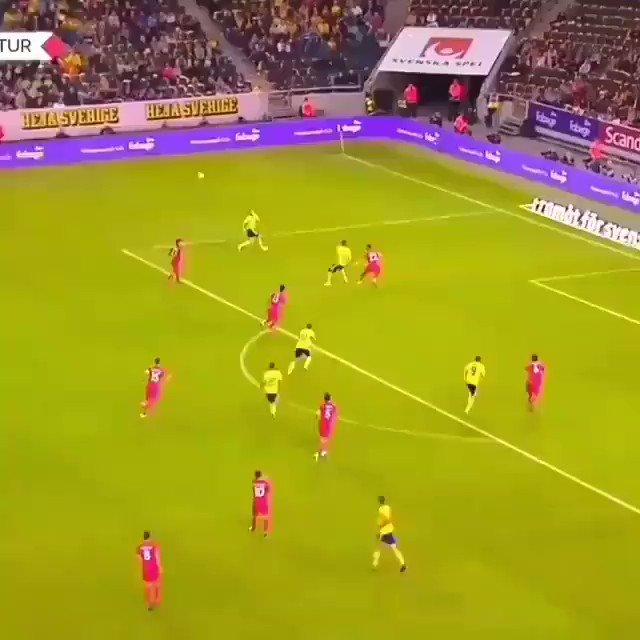 Türkiye, Uluslar Ligi kurulduğundan beri sadece 1 galibiyet aldı. Galibiyeti oyuna sonradan girip 2 gol atan Emre Akbaba sayesinde almıştık.. boşuna demiyoruz TÜRKİYEDİR GALATASARAY