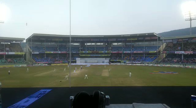 FIFTY! Cheteshwar Pujara brings up his 21st Test half-century with a boundary in the covers. #INDvsSA