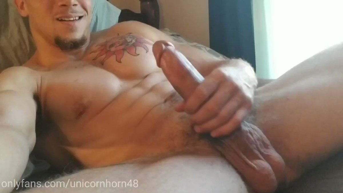 😈 got a new toy, cum watch me stretch it out and bust a huge load onlyfans.com/unicornhorn48 #bigdick #muscle #hung #onlyfans #ManyVids #SaturdayThoughts