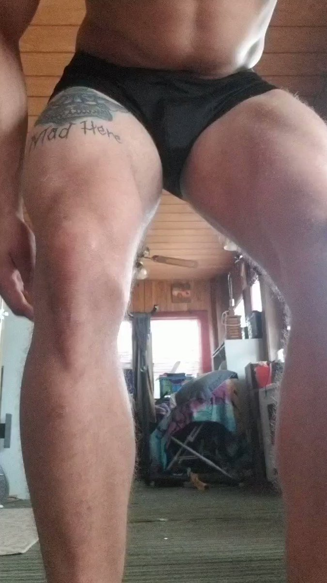 ☺ nice chill Sunday, relaxing and doing some handstands before the new week 😈 hope you like the view onlyfans.com/unicornhorn48 #bigdick #muscle #hung #onlyfans #ManyVids #SundayMotivation #SundayThoughts #SundayMorning